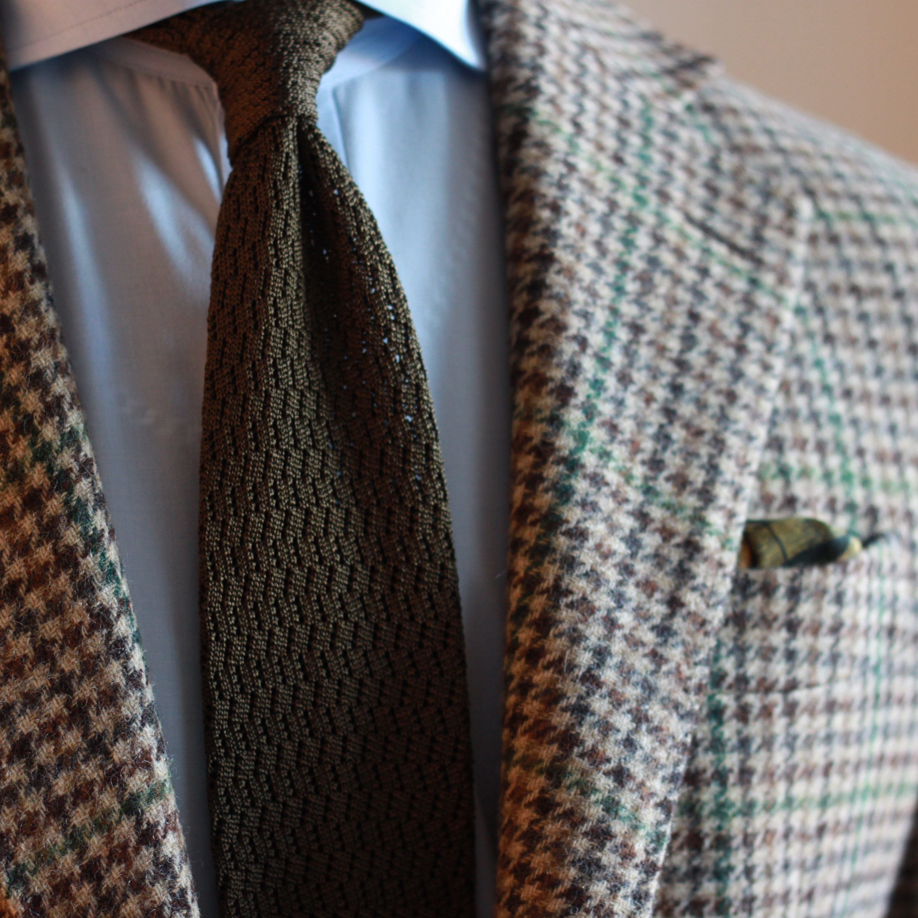 guncheck, tweed, sport coat, knit tie, zig zag knit tie, pocket square, oxford rowe, spier mackay, kent wang