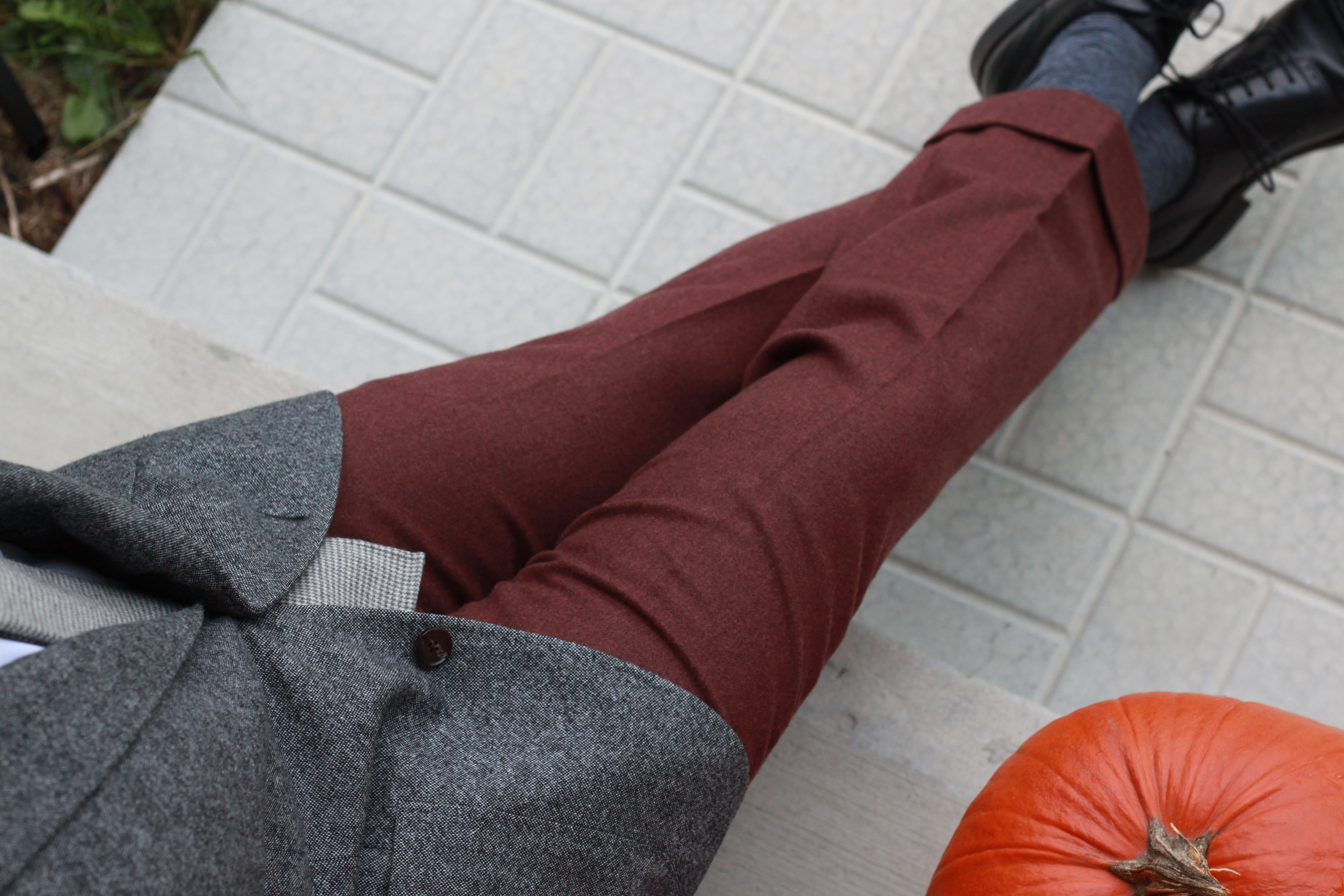 burgundy flannel trousers, cuffs, trousers, menswear, outfit ideas