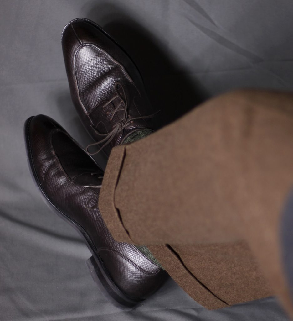 boardroom socks, sons of henrey, flannel trousers, olive cotton, socks, footwear